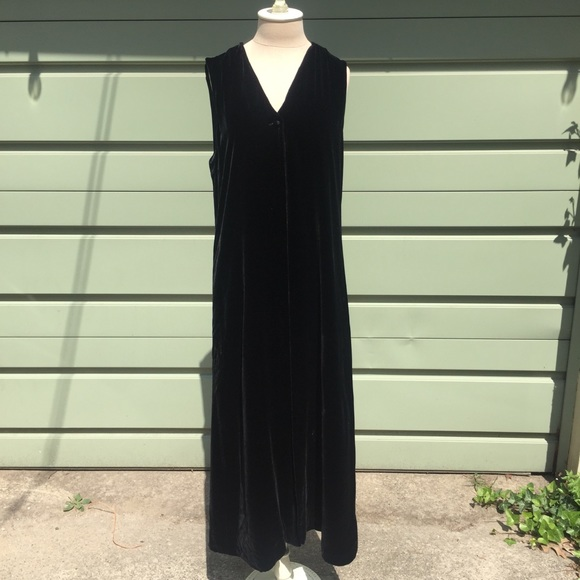 DKNY Donna Karan New York Tops - DKNY Long black velvet vest